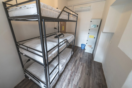 3 bed dorm shared